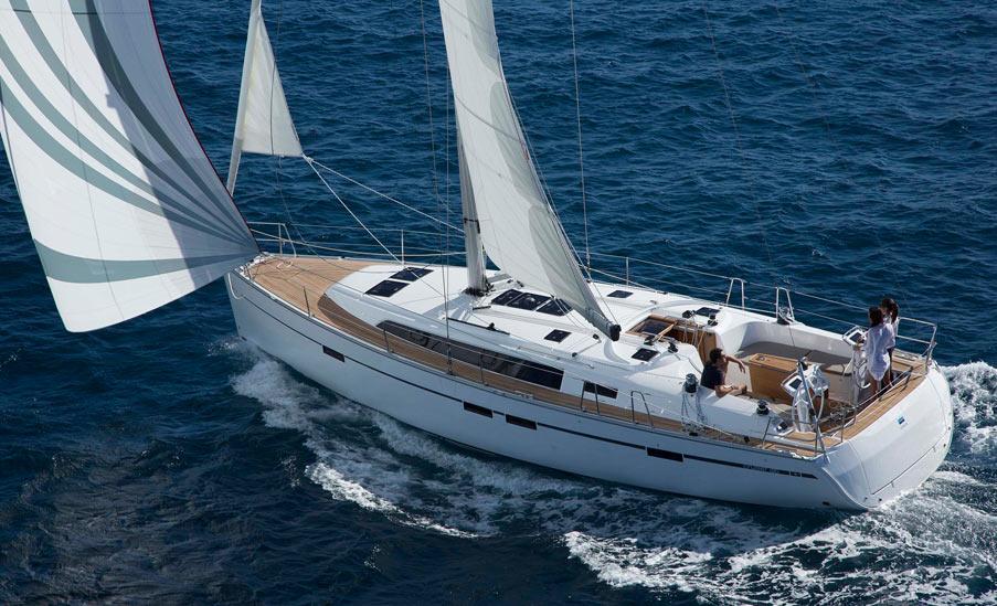 Coaching unter Segeln - Bavaria Cruiser 46 / © bavaria-yachtbau.com